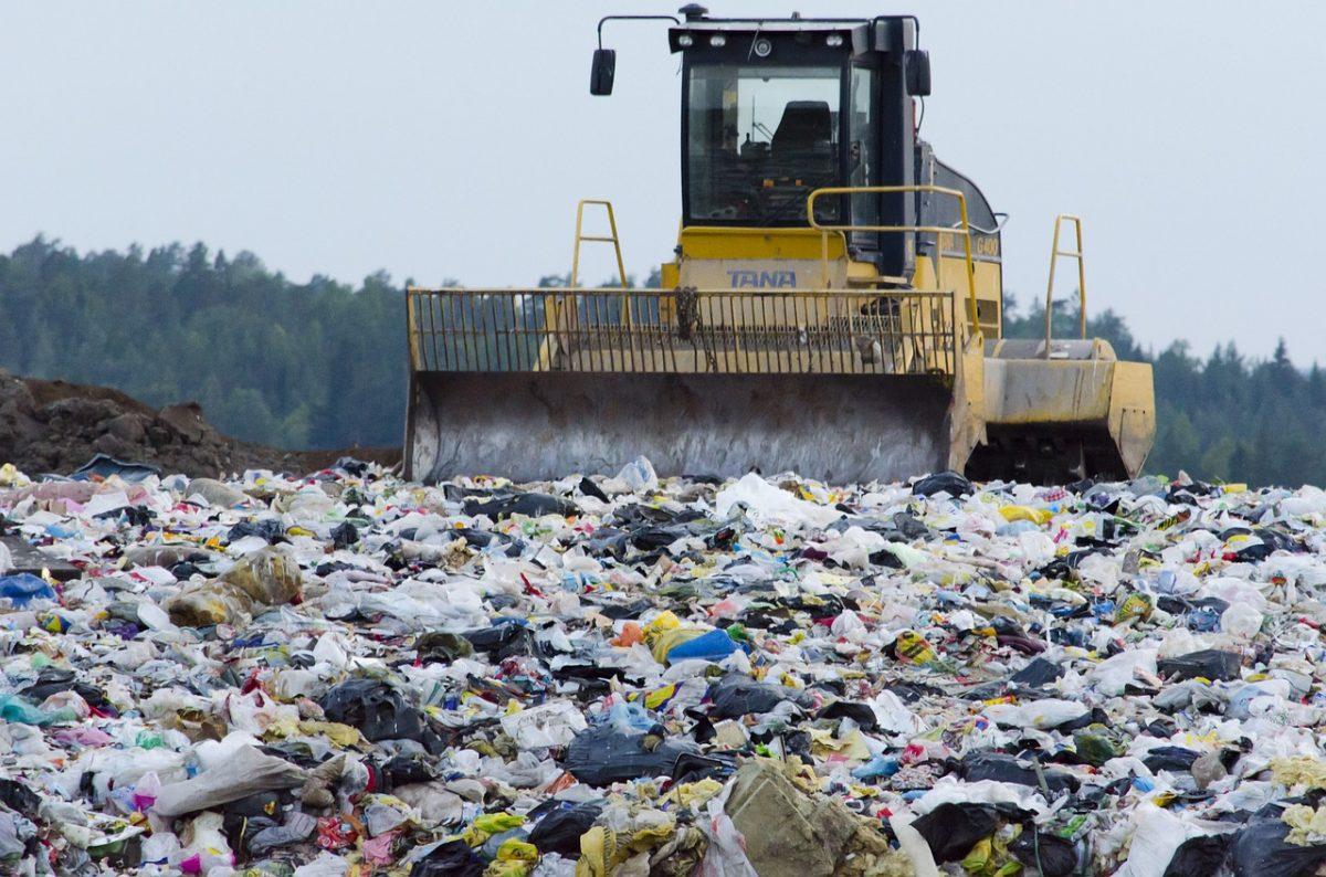 "blog αρθρο "" Γιατι η ανακακύκλωση πλαστικού ειναι σημαντική ; """